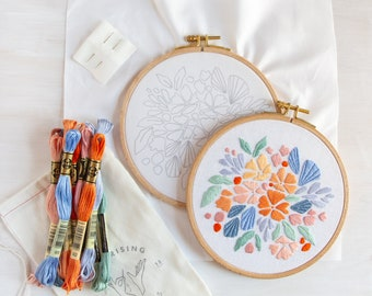 Floral Splash Embroidery Kit. DIY Floral Art. Beginner Embroidery. Botanical Embroidery Pattern and Kit.