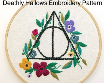 Embroidery Pattern PDF. Downloadable Art. Harry Potter Art. Harry Potter Decor. Embroidery Beginner.  Floral Embroidery. Booklovers Gifts.