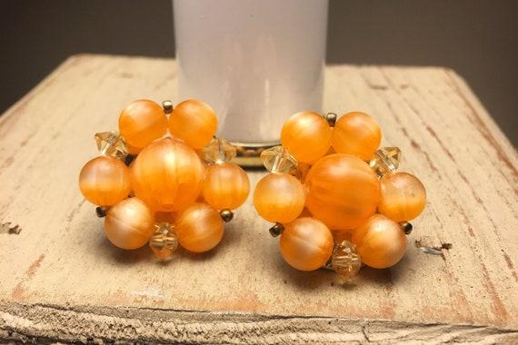 LISNER Vintage Clip-on Earrings, 1960's orange cre