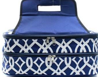 Embroidered Monogram Navy Vine Casserole Carrier-Personalized Casserole Carrier-Monogram Wedding Gift-Embroidered Casserole Carrier