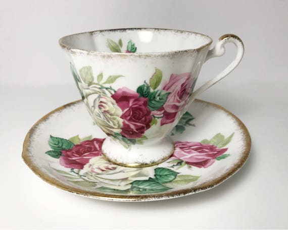 Vintage Roslyn Fine Bone China Melody Rose Teacup and Saucer - Pretty Pink & White Rose Pattern - Made in England - Teatime