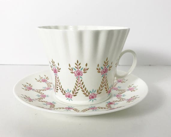 Soviet Era Lomonosov Teacup and Saucer - Vintage Imperial Porcelain Factory - Very Thin and Pretty - Made in the USSR - Pink & Gold Garland