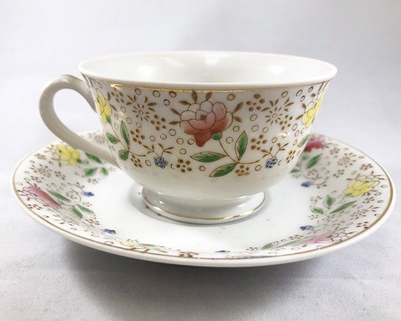 Vintage Made in Occupied Japan Floral Teacup and Saucer - Desco - Delicate Floral Pattern