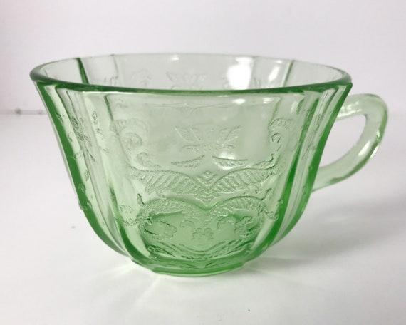 Federal Glass Madrid Green Cup - Vintage Depression Glass - Uranium or Vaseline Glass - Glows in UV Light