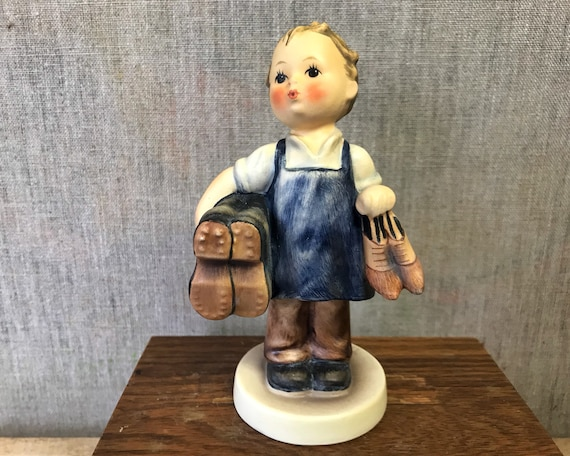 "Vintage Hummel ""Boots"" 143/0 TMK 3 - Beautiful Goebel Figurine of Boy Cobbler or Boot Black"