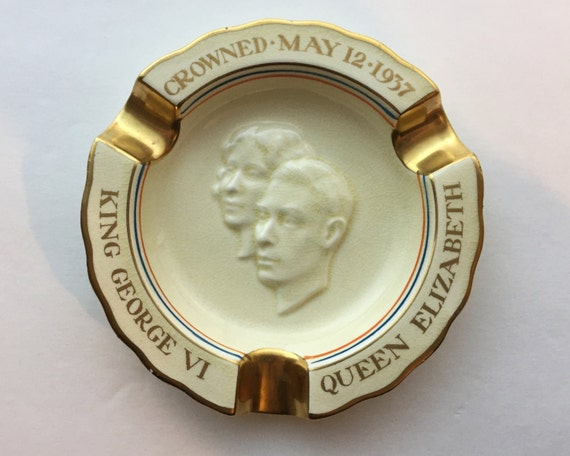 Vintage Crown Devon Ashtray to Commemorate the Coronation of King George VI & Queen Elizabeth (Queen Mum) May 12 1937 - Royal Commemorative