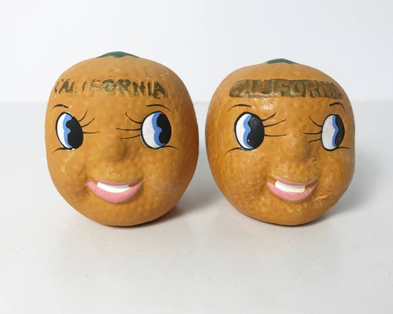 Vintage Adorable California Oranges Salt & Pepper Shakers - Citrus Novelty Shakers - Made in Japan - Cute!