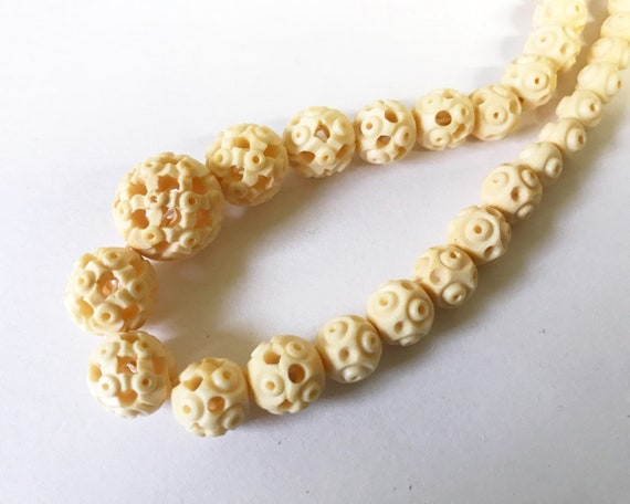 Vintage Chinese Carved Bone Bead Necklace - Boho Jewelry