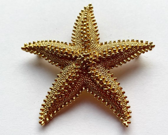 Vintage Monet Signed Jewelry Starfish Brooch - Gold Tone