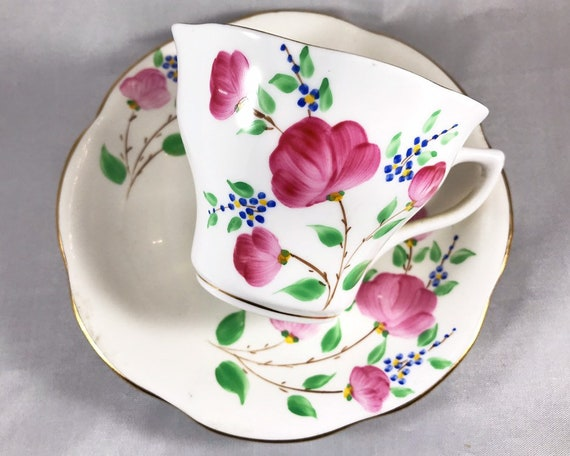 Vintage Rosina English Bone China Hand Painted Teacup and Saucer