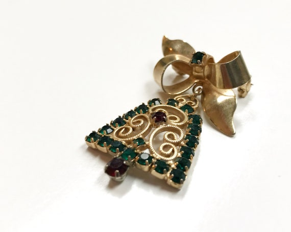 Vintage Signed Hobe Jewelry - Hobe Christmas Bell Brooch