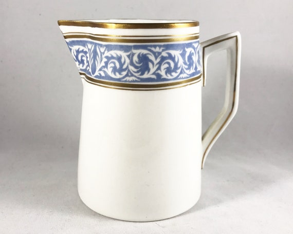 "Thomas Morris Crown Chelsea ""Scroll"" Pattern Creamer"