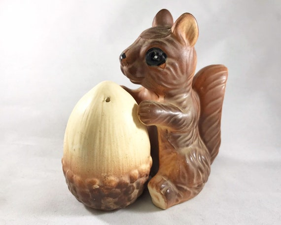 Squirrel and Acorn Salt and Pepper - Vintage Made in Japan Novelty Shakers