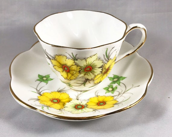 Vintage Salisbury Bone China Coreopsis Teacup and Saucer