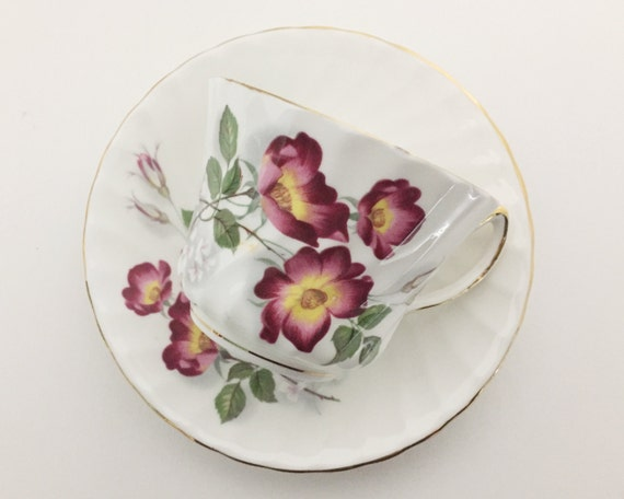 Vintage Royal Kendall Fine Bone China Teacup and Saucer - Pretty Rambling Rose Pattern - English Ceramics