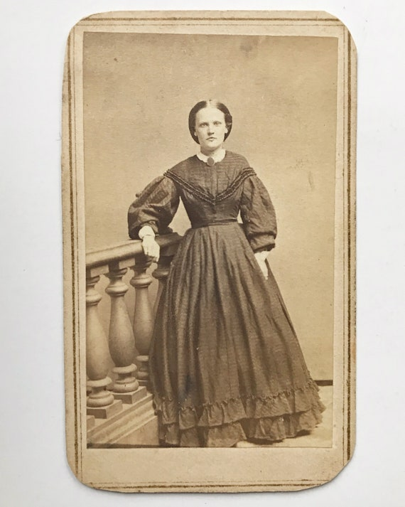 Antique Carte de Visite CDV Photograph of Young Victorian Woman, Bowery, New York