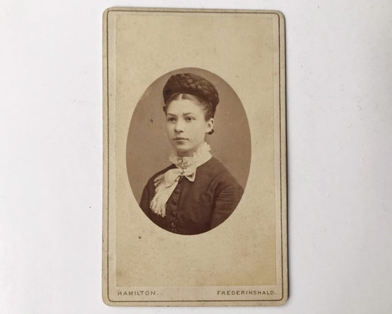 Antique Carte de Visite CDV Photograph of Beautiful Victorian Woman, Frederikshald (Halden), Norway