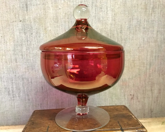 Vintage Blown Cranberry Stain Candy Dish - Gorgeous Cranberry Flash with a Gold Sheen - Lidded Jar