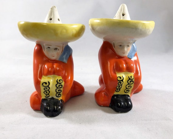 Mexican Siesta Salt & Pepper - Vintage Made in Japan Novelty Shakers