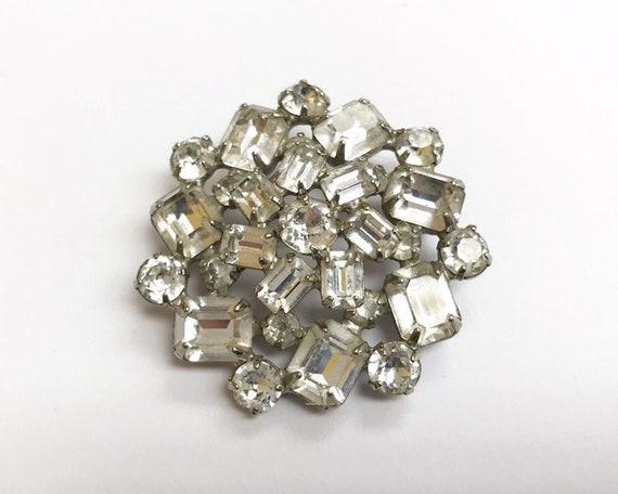 Vintage Signed Weiss Jewelry - Gorgeous Mid Century Diamante Rhinestone Brooch