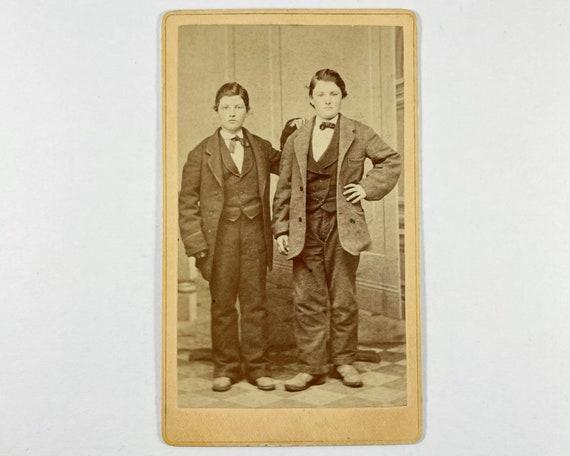 Antique Carte de Visite CDV Photograph of Young Victorian Brothers