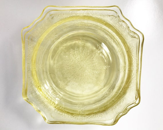 Vintage Anchor Hocking Princess Bread and Butter Plate in Topaz - SOLD SINGLY - Light Yellow Depression Glass Plates - 1931-1935