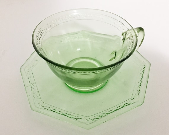 Vintage Green Pebbled Rim Teacup and Saucers by L.E. Smith Glass - Green Depression Glass - Rare Pattern - Uranium Glass
