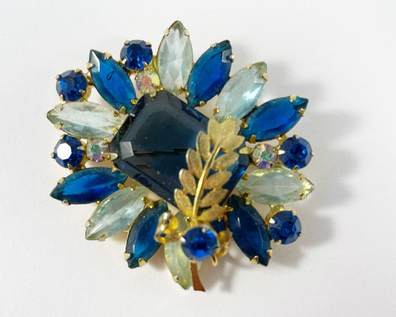 Vintage Large Rhinestone Blue Brooch with Gold Tone Leaf