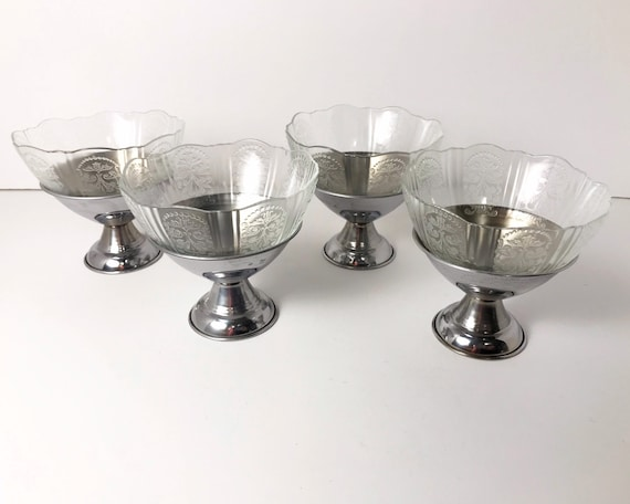 Set of Four Depression Glass Macbeth Evans American Sweetheart Sherbert Cups in Clear with Metal Bases