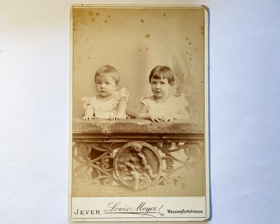 Antique Cabinet Card of Two Adorable Children, Louis Meyer Atelier, Jever, Germany