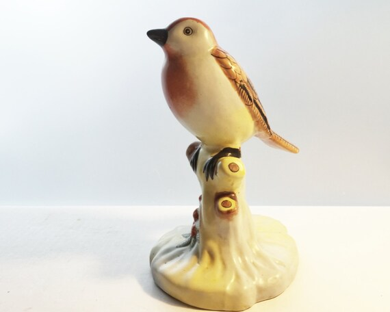 Vintage Bird Figurine - Red Robin Statue - Hand Painted Chinese Porcelain - Unmarked