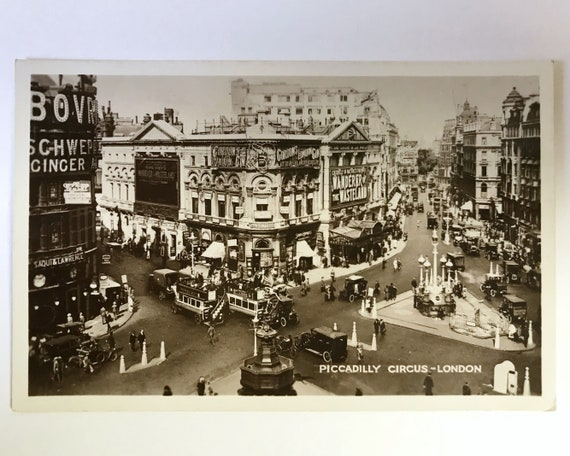 Vintage Real Photo Post Card - Piccadilly Circus, London, in 1924 - Marquee: Zane Grey Wanderer of the Wasteland