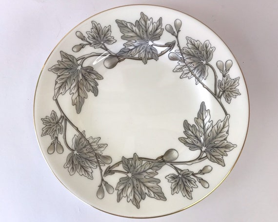 Vintage Wedgwood Ashford Gray Bread & Butter Plate - Elegant Mid Century - Fig and Leaf Design