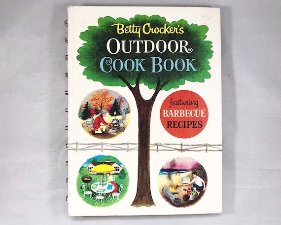 Vintage Betty Crocker's Outdoor Cook Book: First Edition, 3rd Printing, 1961 Illustrated by Tom Funk