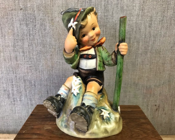 "Vintage Hummel ""Moutaineer"" 1955 / 315 TMK 4 - Beautiful Goebel Figurine of Boy Hiker"