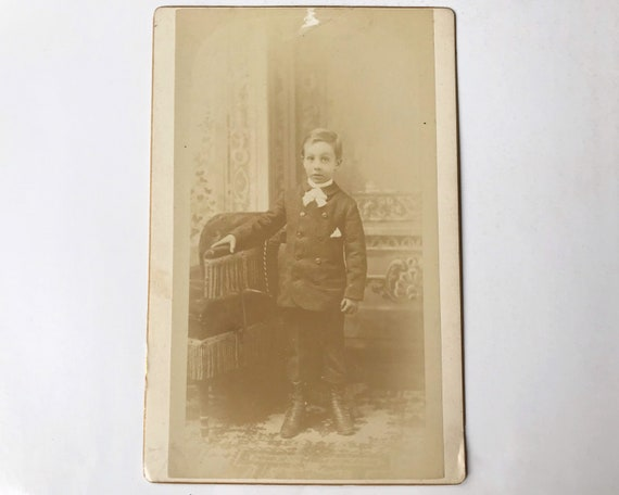 Antique Cabinet Card of Portrait of Young Boy by J. Hansen, Photographer, Yreka, California