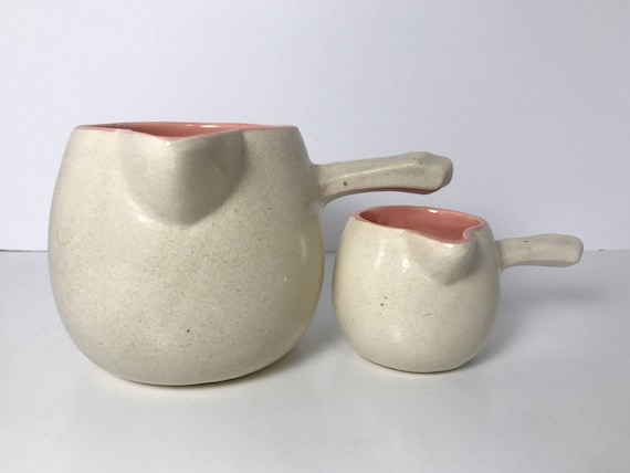 Vintage 1940s McCoy Pottery Cook-Serve Ware Handle Gravy and Handle Creamer in Off-White and Pink