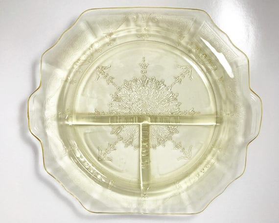Vintage Anchor Hocking Princess Grill Plate in Topaz - SOLD SINGLY - Light Yellow Depression Glass Plates - 1931-1935