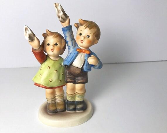 """Vintage Hummel """"Auf Wiedersehen"""" #153/0 TMK 3 - Charming Goebel Porcelain Figurine - Children Waving Goodbye"""