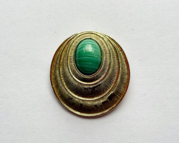 Vintage Signed Sarah Coventry Jewelry - Large Mid Century Abstract Shell Brooch in Gold Tone & Faux Malachite