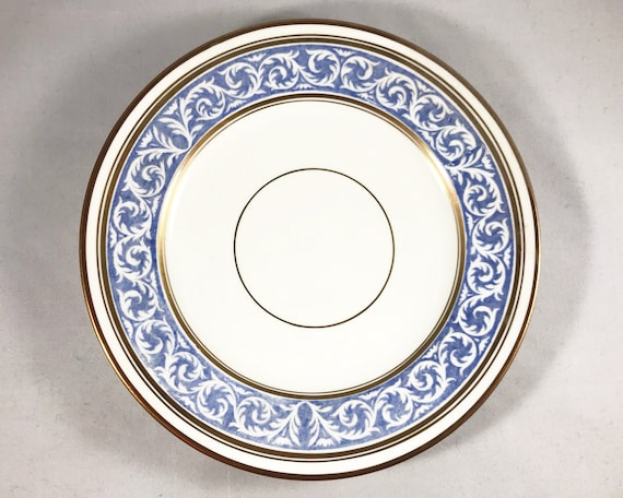 "Thomas Morris Crown Chelsea ""Scroll"" Pattern Luncheon Plate"