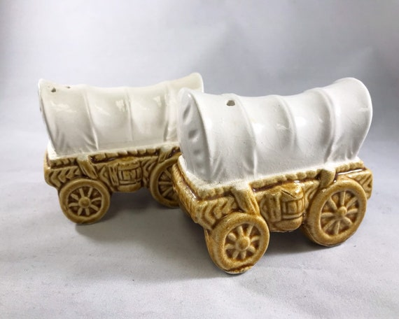Covered Wagon Salt & Pepper - Vintage Made in Japan Novelty Shakers