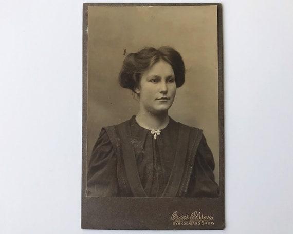 Antique Carte de Visite CDV Photograph of Victorian Woman from Kyrkogatan, Sweden