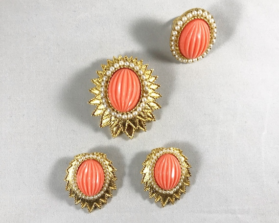Stunning Vintage Emmons Jewelry Parure - Faux Coral and Pearls - Brooch, Earrings & Ring - Mid Century