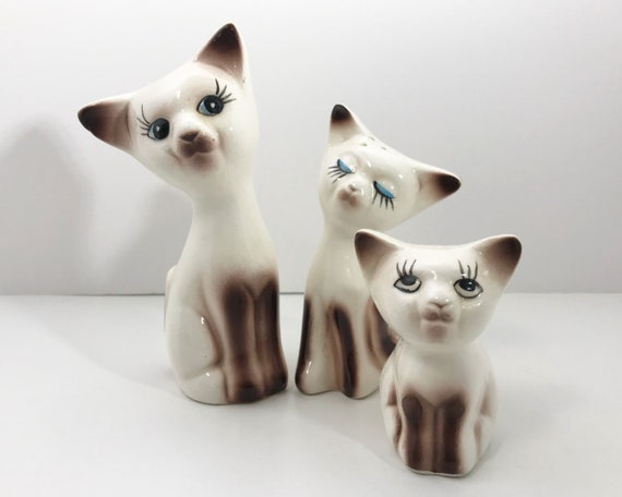 Vintage Siamese Cat Family - Salt, Pepper, and Toothpick Holder - Ceramic Kittens - Made in Japan