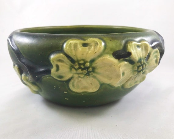 Vintage Roseville Dogwood Bowl - Smooth Green Art Pottery