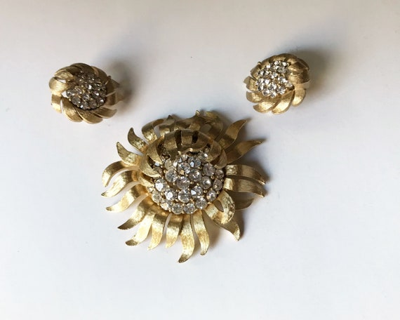 Vintage Mid Century Signed Crown Trifari Floral Demi-Parure with Rhinestones and Gold Tone