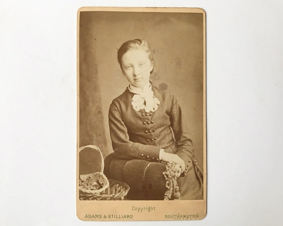 Antique Carte de Visite CDV Photograph of Beautiful Young Victorian Woman with Baskets and Flowers