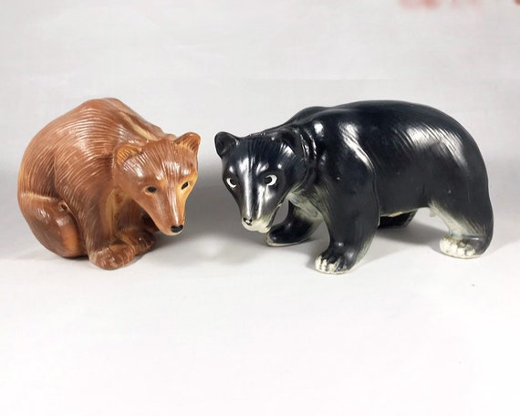 Vintage Made in Japan Brown Bear and Black Bear Salt & Pepper Shakers