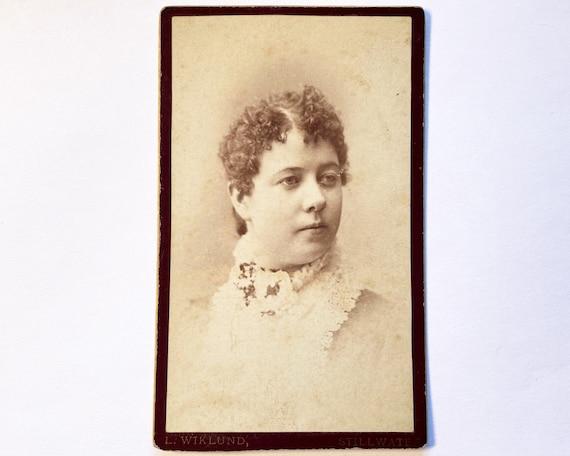 Antique Carte de Visite CDV Photograph of Victorian Woman, Stillwater, MN - Lura Webster